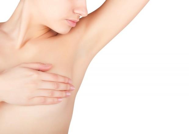 Болят лимфоузлы под мышками у женщин. Причины перед месячными, при беременности, грудном вскармливании. К какому врачу обратиться